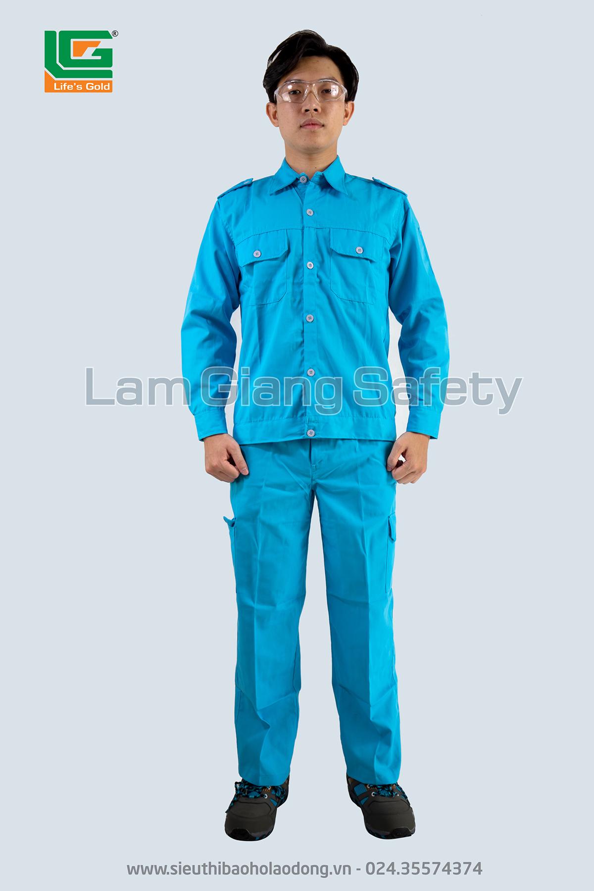 Quần áo kaki xanh lơ túi hộp Lam Giang