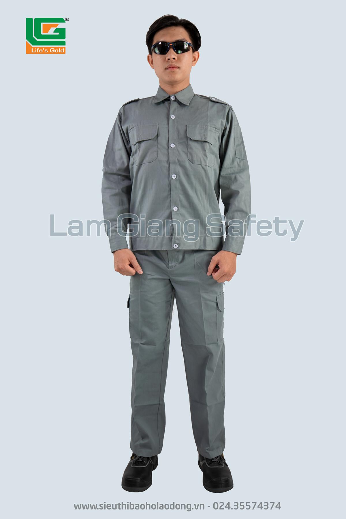 Quần áo kaki màu chì túi hộp Lam Giang