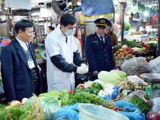 Nghệ An: Xử phạt 12 cơ sở kinh doanh không đảm bảo vệ sinh an toàn thực phẩm