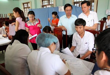 Khám sức khỏe miễn phí cho gần 1.000 công nhân lao động
